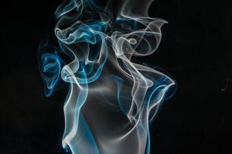 Rauchmelder von Staub befreien: Bitte nichts rauspusten