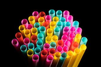 Plastikbesteck und Trinkhalme werden verboten