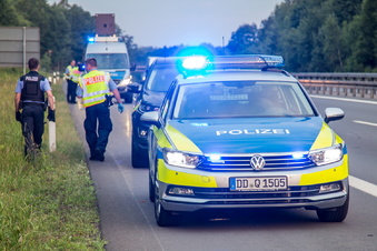 Bautzen: Boot blockiert die Autobahn