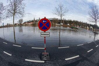 Hochwasser: Parkplätze sind dicht