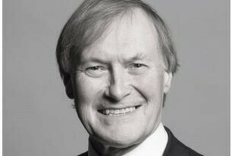 Britischer Tory-Abgeordneter stirbt nach Messerangriff