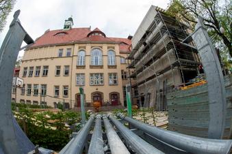 Großer Ergänzungsbau am Lößnitzgymnasium