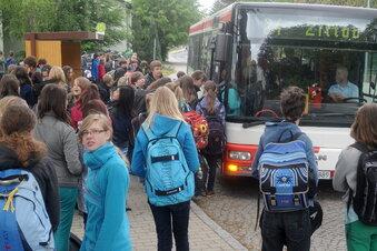 Lockdown - aber die Schulbusse fahren?