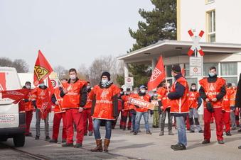Warnstreik bei Alstom in Bautzen