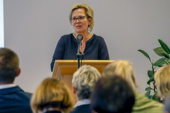 Sozialministerin reagiert auf Pflegeheim-Artikel