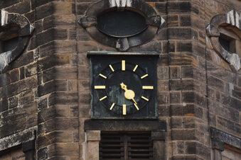 Zeiger der Dippser Kirchturmuhr gebrochen