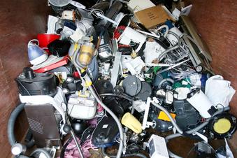 Idee: Handy-Pfand gegen Elektroschrott