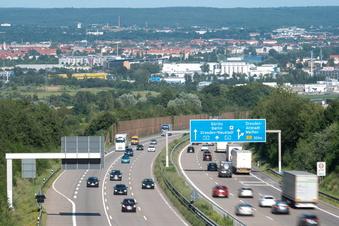 Demo in Dresden: Radfahrer dürfen über Autobahn fahren