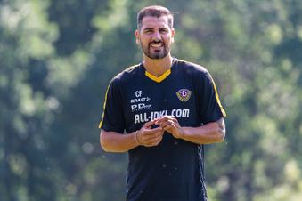 Dynamo-Trainer Fiel und die Stürmersuche