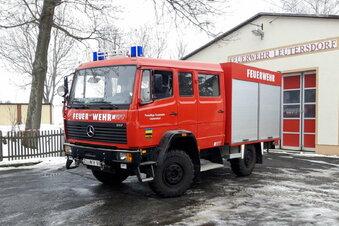 Dieses Feuerwehrauto ist zu haben