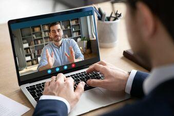 Handwerker im Live-Chat