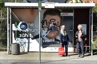 Zerstörte Plakate und politische Straftaten