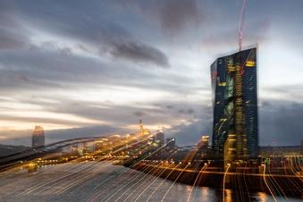 EZB bleibt bei derzeitigem Anti-Krisenkurs