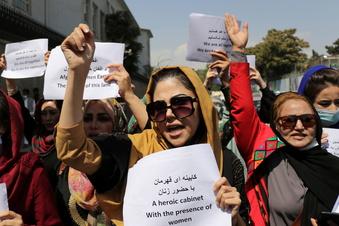 Zusammenstöße bei Frauen-Demo in Kabul