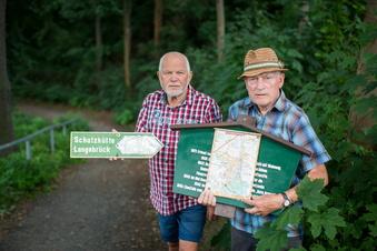 Dutzende Schilder in der Dresdner Heide zerstört