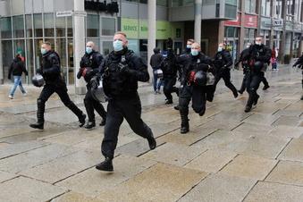 Chemnitz: Gewalt bei verbotener Demo