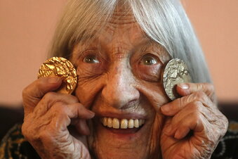 Die älteste lebende Olympiasiegerin wird 100