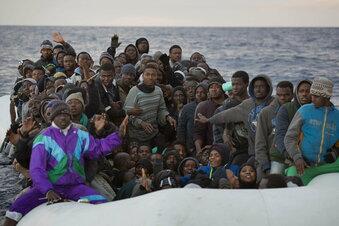Schiff mit Migranten vor Zypern abgewiesen