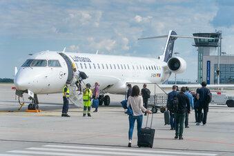 Lufthansa droht mit Stellenstreichungen