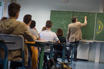 Viele Lehrer arbeiten auch während der Rente