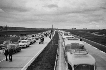 Mit Tatra und Wolga zur Eröffnung der A14