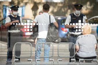 Masken: Keine flächendeckenden Kontrollen in Sachsen