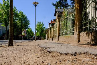 Stadtrat fordert Plan für kaputte Fußwege