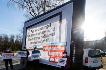 Wahlkampf vor Kliniken in Pirna und Freital
