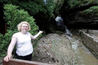 Sächsische Schweiz: Flutwelle reißt Wasserfall mit