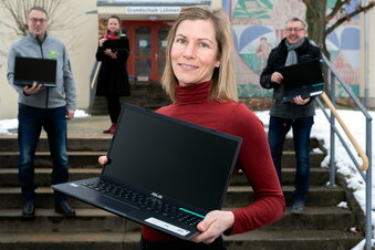 Laptops für Lohmener Grundschüler