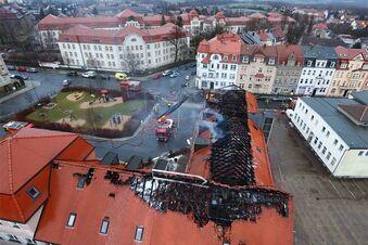 Applaus bei Großbrand in geplantem Asylheim