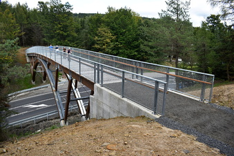 Brücke verbindet Lausitz mit Böhmischer Schweiz