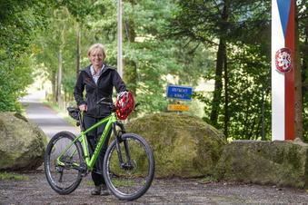 Steinigtwolmsdorf plant Radweg nach Tschechien