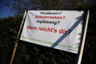 Wie Reichsbürger Corona-Proteste für sich nutzen