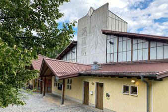 Kann Jonsdorfs Eishalle gerettet werden?