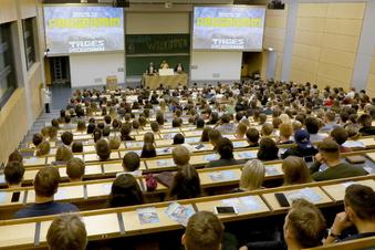 Sachsens Studenten kehren in Unis zurück