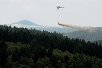 Dippoldiswalde: Hubschrauber kreisen über den Wäldern