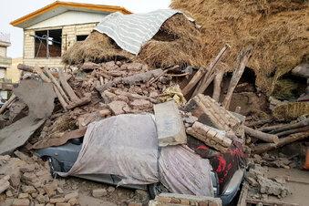 Iran von starkem Erdbeben erschüttert