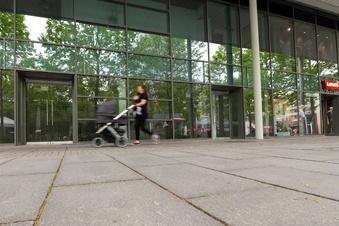 Mehr Parkplätze gegen Ladensterben in Dresden?
