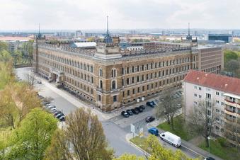 Stasi-Mann mit 100 Legenden in Dresden vor Gericht
