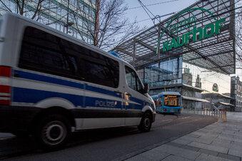 Männer rauben Sechsjährigem die Einkäufe