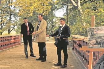 Wie Brücken im Pückler-Park begeistern