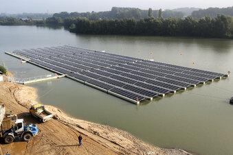 Schwimmendes Kraftwerk geht in Betrieb