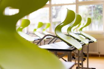 Lehrer für schnellere Schulschließungen
