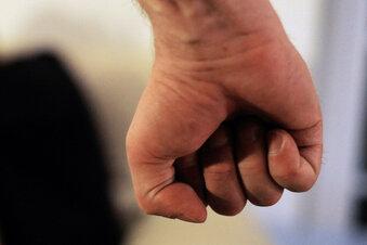 Angriffe auf Ärzte, Pfleger und Heimleiter in Dresden