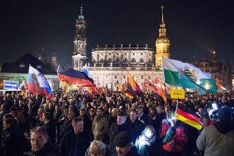 Stadt prüft Verbot für Pegida-Demos