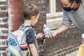 Krankheit: Wann darf mein Kind wieder zur Schule?