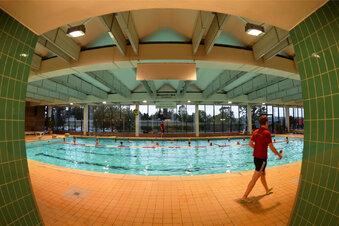 Schwimmhalle schließt 1,5 Jahre