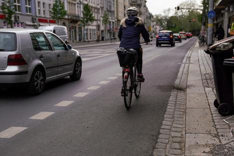 Wenn sich Radfahrer und Autofahrer zu nah kommen