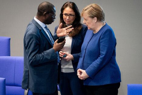 Merkel sagt Diaby Unterstützung zu